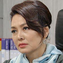 بیوگرافی کیم یونگ ایم