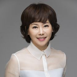 بیوگرافی آهن یئو جین