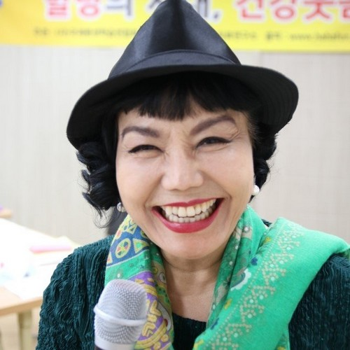بیوگرافی و عکس لی سوک