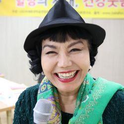 بیوگرافی لی سوک
